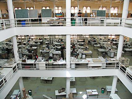 الجامعات في دولة الامارات العربية المتحدة img-07-1-b.jpg