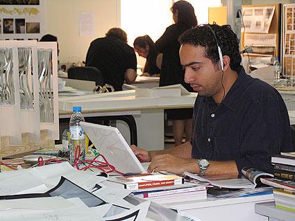 الجامعات في دولة الامارات العربية المتحدة img-14-b.jpg